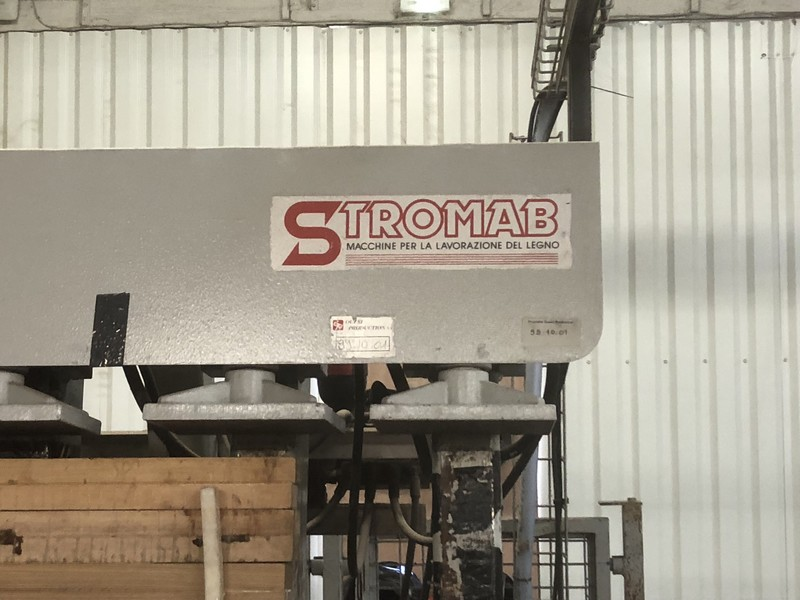 Ligne de presse STROMAB TYPE SL